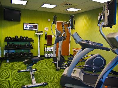 Fitness Center 18 of 30