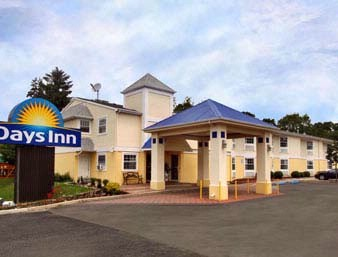 Days Inn Berlin 2 of 10