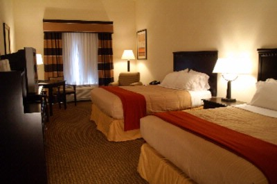 Double Occupancy Room -2 Queen Size Beds 4 of 5