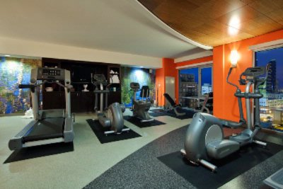 Fitness Center 16 of 18