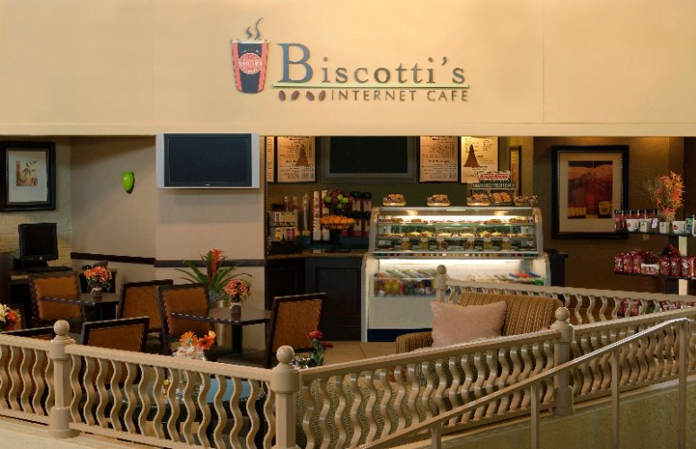 Biscotti\'s Internet Cafe 5 of 17