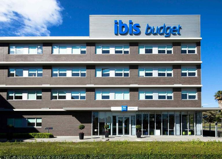Ibis Budget Sydney Olympic Park 1 of 4