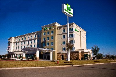 Holiday Inn & Suites Waco Northwest 1 of 8