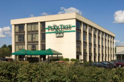 Pear Tree Inn Terre Haute 1 of 5