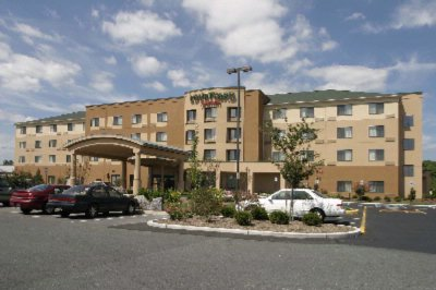 Courtyard by Marriott Salisbury 1 of 7