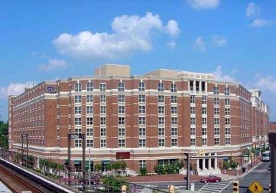 Centrally Located Next To The King Street Metro The Hilton Is In The Heart Of Old Town Alexandria 2 of 8