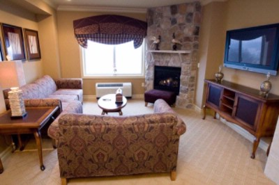 A Suite At Grand Cascades Lodge 5 of 14