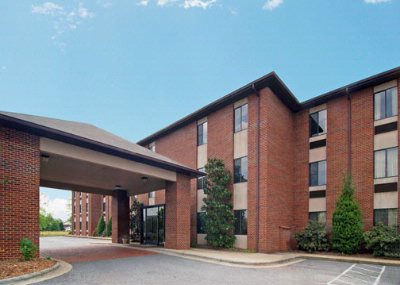 Days Inn & Suites of Hickory