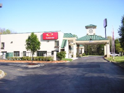 Econo Lodge West Knoxville 1 of 15