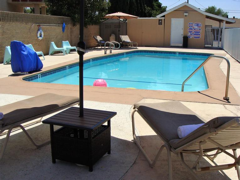 Pool Area 5 of 10