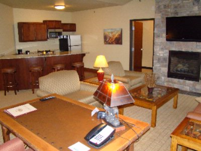 Yellowstone Executive Suite 7 of 20