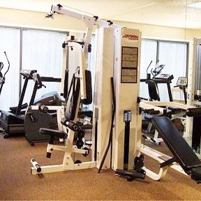 Stay Smart And Stay Fit In Our Onsite Fitness Center 9 of 16