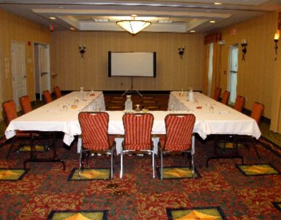 Banquet Room U-Shape 8 of 20