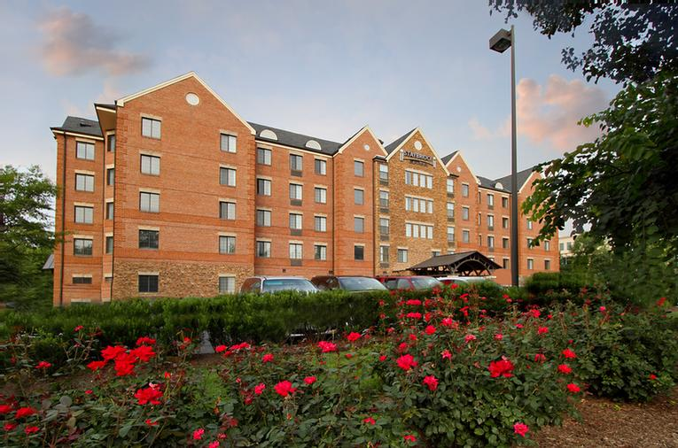 Staybridge Suites Mclean Tysons Corner Wash. Dc