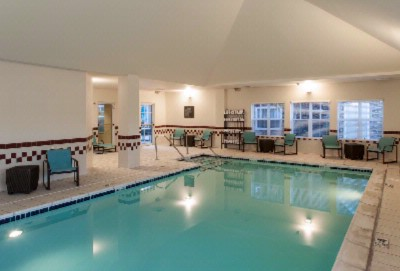 Large Indoor Pool 10 of 14