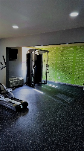 Fitness Center 17 of 17