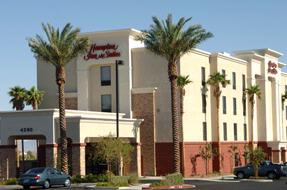 Hampton Inn & Suites Las Vegas Red Rock / Summerli 1 of 16