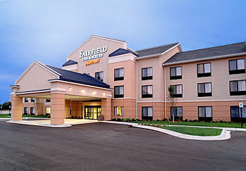 Fairfield Inn & Suites by Marriott Muskegon Norton 1 of 10