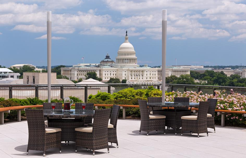 Global Luxury Suites at the National Mall 1 of 14