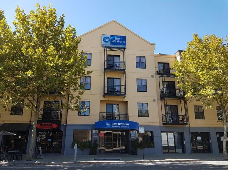 Best Western Northbridge Apartments-Facade 25 of 29