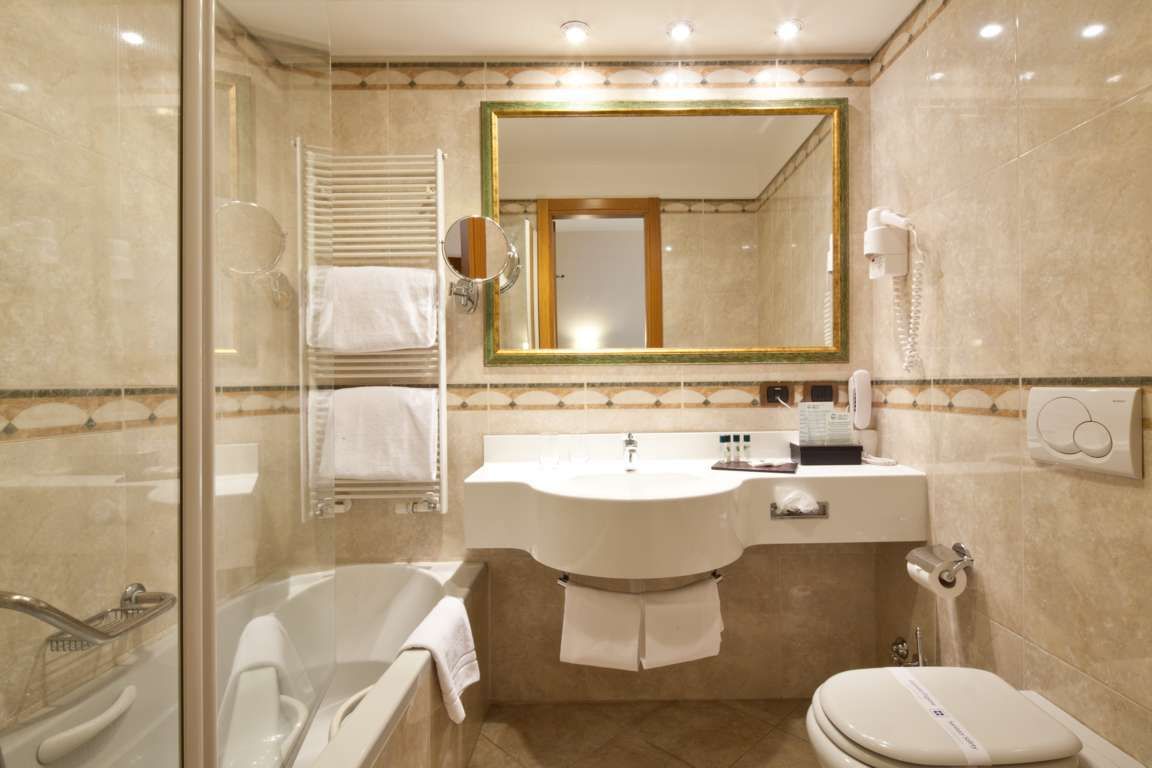 Bagno Camere 8 of 13