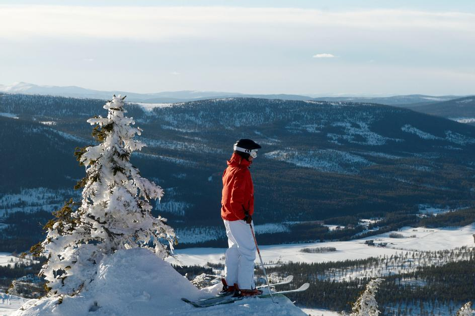 Magnificent Views Of The Swedish And Norwegian Mountains 6 of 23