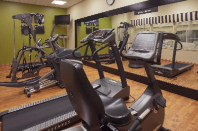 Fitness Room 7 of 13