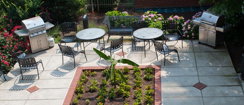 Outdoor Grill Area 13 of 14