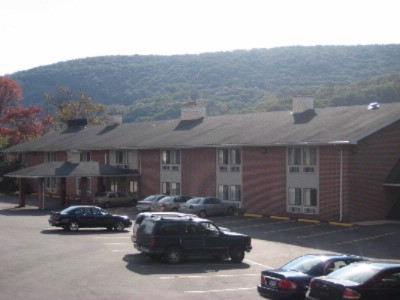 Econo Lodge Harpers Ferry 1 of 9