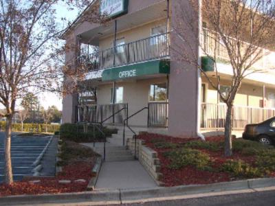 Image of Savannah Suites Stone Mountain