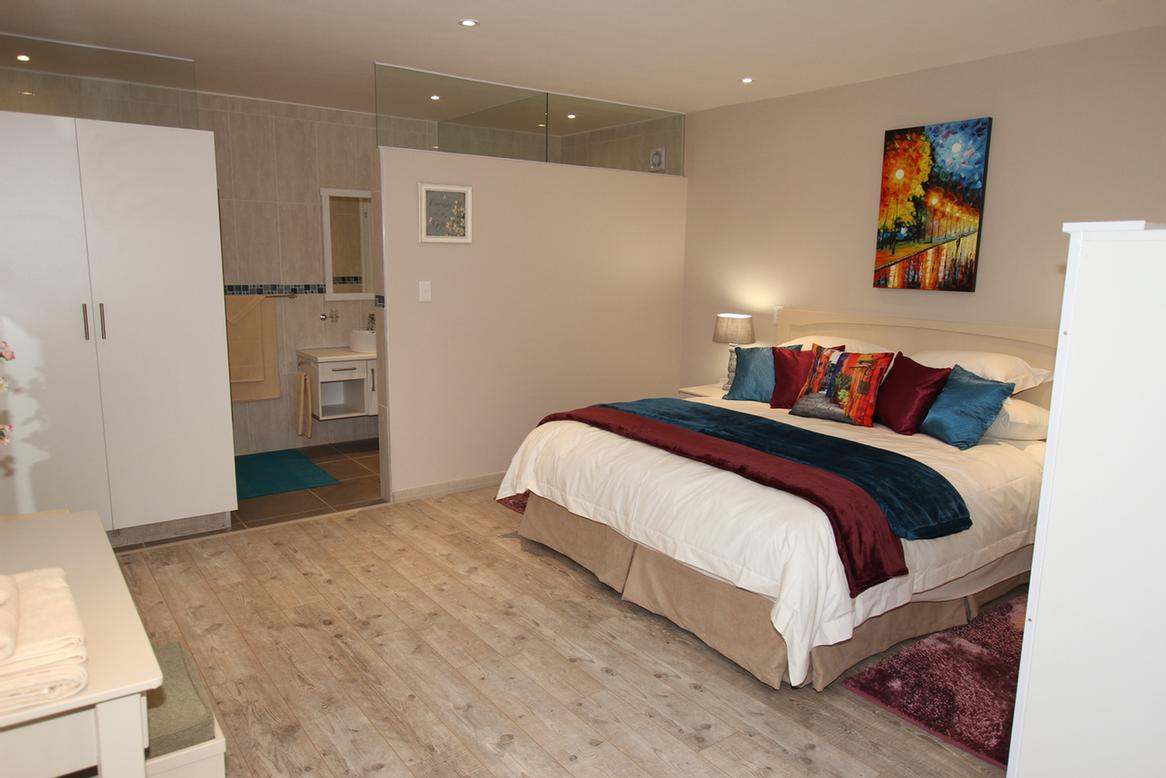 Deluxe 1 Offers Either A King Size Double Or 2 Single Beds 5 of 21