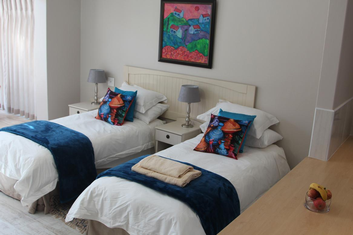 All Main Bedrooms Can Be Configured With 2 Single Beds Or A Double -All Extra Length 6 of 21