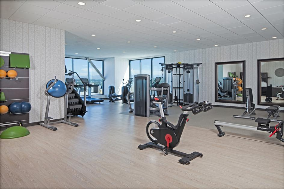 Fitness Center 15 of 25