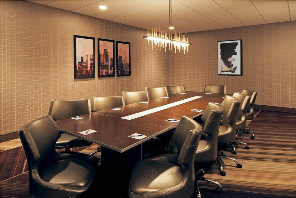Boardroom 17 of 25