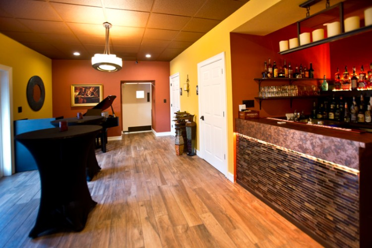 Jd\'s Back Room Full Bar 26 of 31