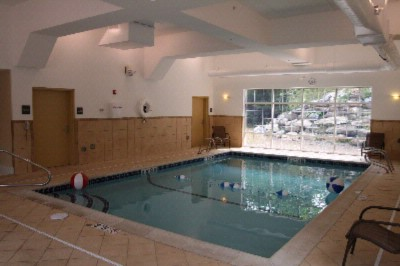 Indoor Pool 14 of 17