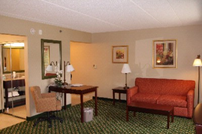 Hampton Inn & Suites 1 of 17