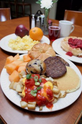 Complimentary Full Hot Breakfast Buffet 3 of 9