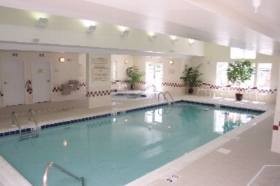 Indoor Pool & Whirlpool 8 of 9