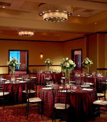 Grand Ballroom (Round Tables) 8 of 12
