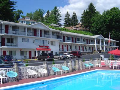 Econo Lodge Lake George Downtown 1 of 8
