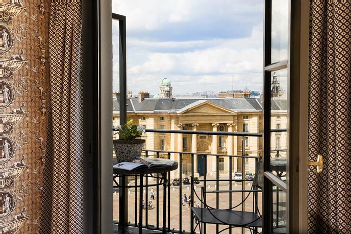 HÔTEL DES GRANDS HOMMES - Paris 17 Place Du Panthéon 75005