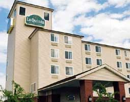 La Quinta Inns & Suites Portland Airport 1 of 9