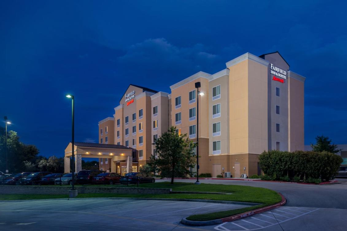 The Fairfield Inn & Suites Schertz Is Centrally Located To New Braunfels And Downtown San Antonio. 14 of 14