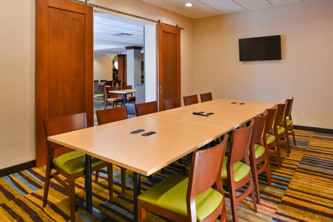 The Lantana Boardroom Is Great For A Small Gatherings And Can Accommodate Up To 12 People. 8 of 14