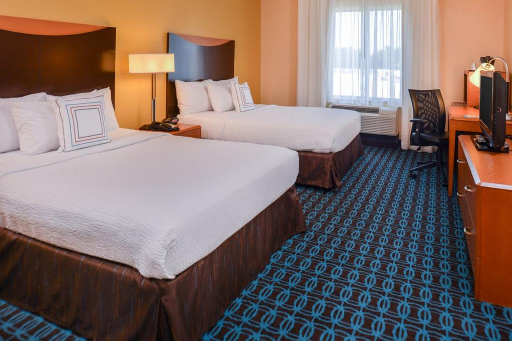 Up To 4 Adults Can Sleep Comfortably In Our Standard Queen/queen Room. This Room Type Is A Great Option For Sports Teams Family Reunions And School Groups 10 of 14