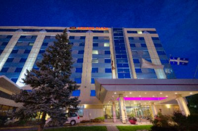 Image of Crowne Plaza Montreal Airport