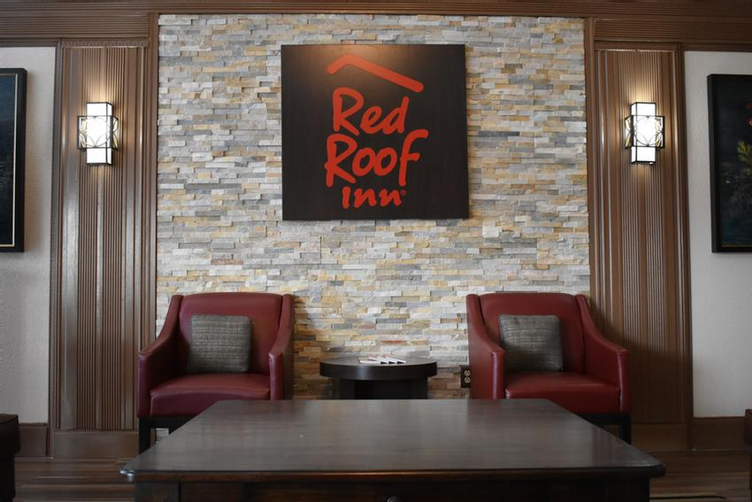 Red Roof Inn Meridian 1 of 11