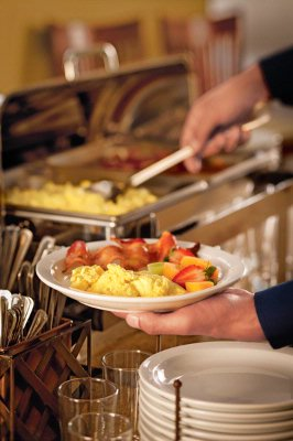 Free Hot Breakfast Buffet 8 of 9