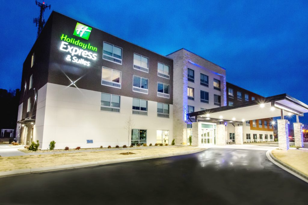 Holiday Inn Express & Suites Greenville S – Piedmont 1 of 9